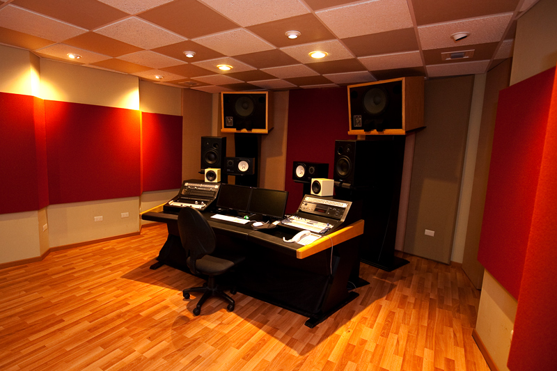 SOUNDLAB RECORDING STUDIO (2010)